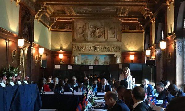 Kusari Lila kërkon në Kongresin amerikan njohje të reja për Kosovën