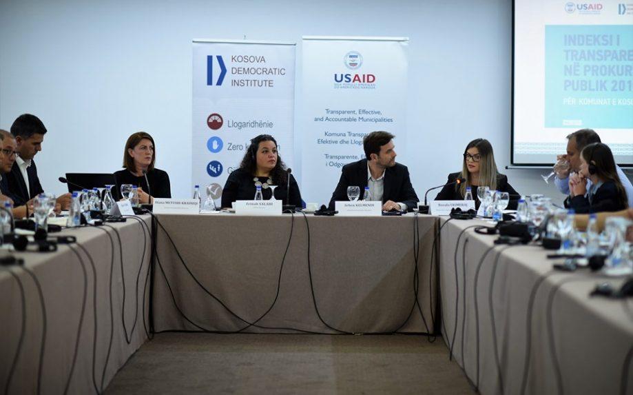 KDI tryezë diskutimi me qytetarët dhe kandidatët për deputetë nga partitë