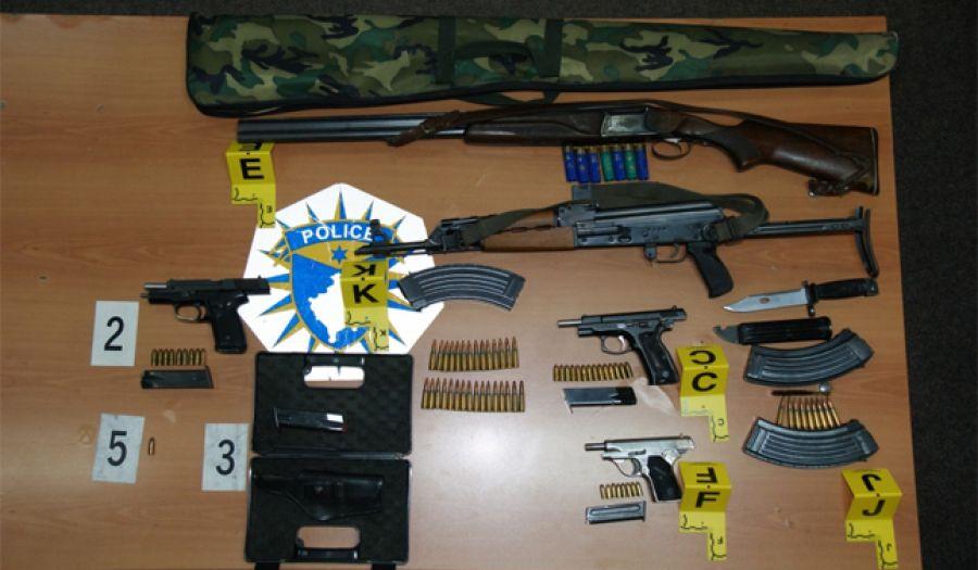 Policia e Kosovës sekuestron armë dhe municion  në Prizren