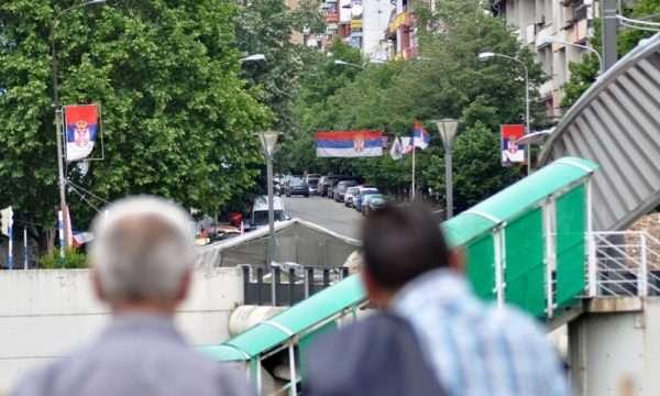 BBC  Shqiptarët dhe serbët mbeten të ndarë edhe 20 vite pas luftës