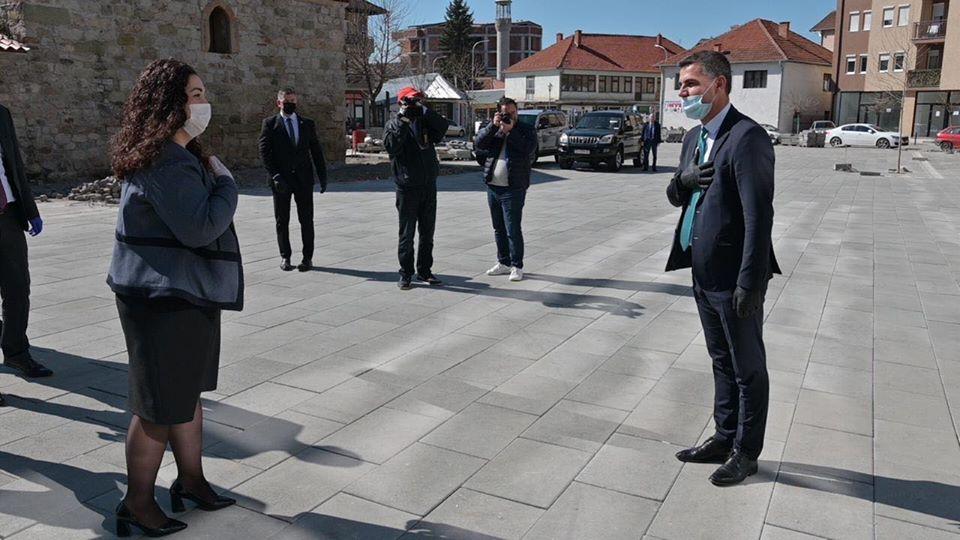 Tahiri takohet me Vjosa Osmanin  falendëron për mbështetjen
