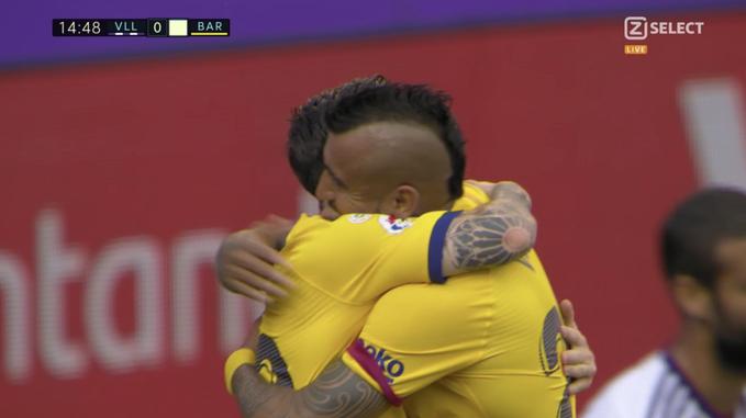 Barcelona e hap  llogarinë  kundër Valladolidit  Vidal shënon gol të bukur