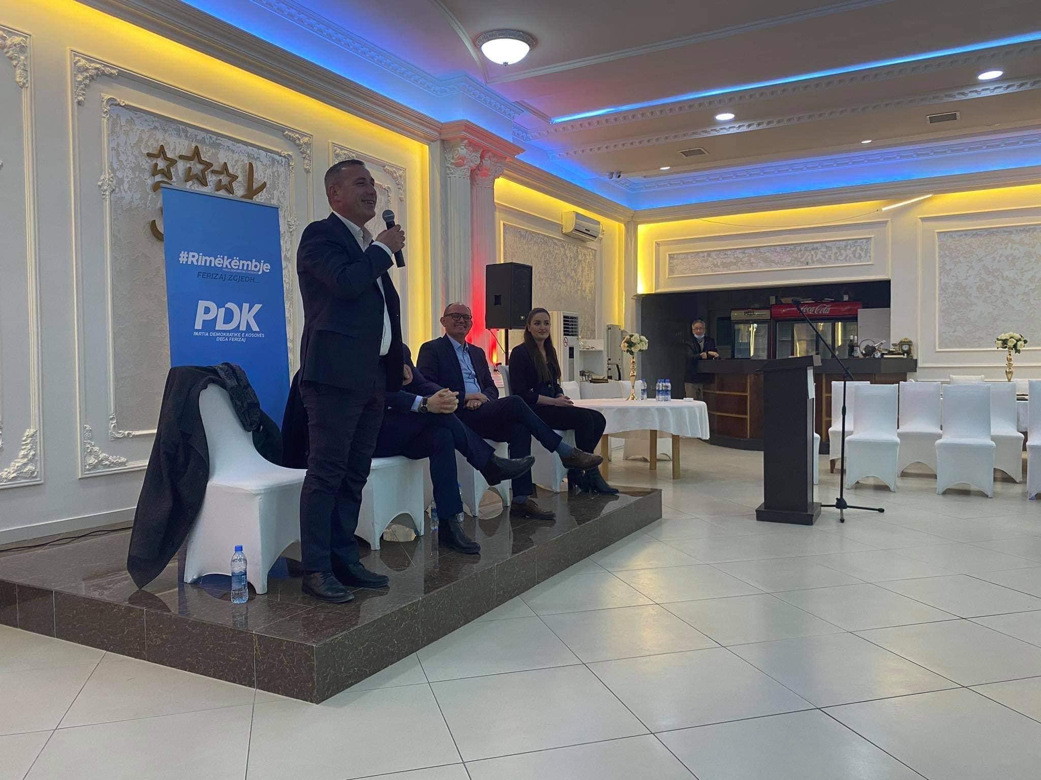 gazmend - Mobilizohet Ferizaj për ta përkrahur Gazmend Bytyçin